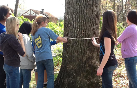 Good hands-on times in nature at Eco-School Lanier Middle School in Houston, Texas. (Photo by NWF/Eco-Schools USA)